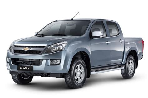 2014 reviews of toyota hilux and isuzu dmax autos post