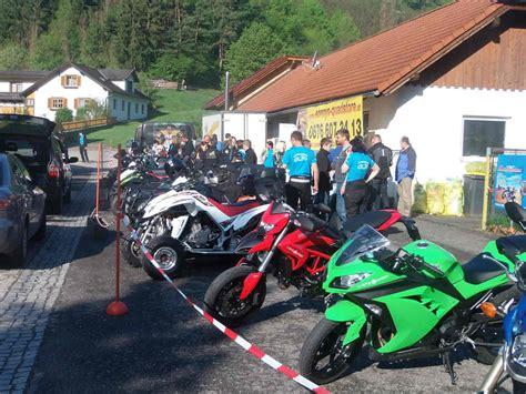 Ffnungszeiten Motorrad Weihe by Bilder Aus Der Galerie Motorrad Und Weihe 2013 Des