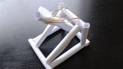How To Make A Paper Trebuchet - les 25 meilleures id 233 es de la cat 233 gorie catapulte sur