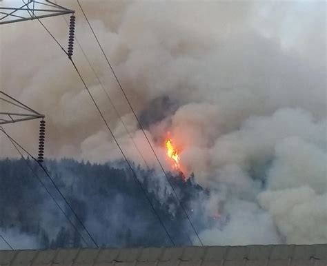 Wildfire On The Skagit wildfire burning thousands of acres near newhalem all