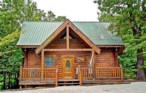 gatlinburg cabin rental almost paradise 1 bedroom cabin rental in sevierville tn