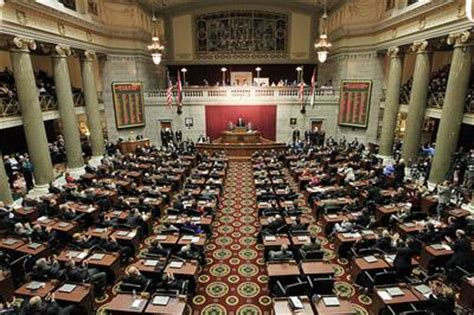 Missouri House Of Representatives by Mo Senate Passes Plan To Shrink House St Louis