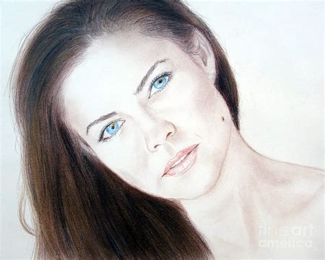 commercial actress mole actress and model susan ward blue eyed beauty with a mole