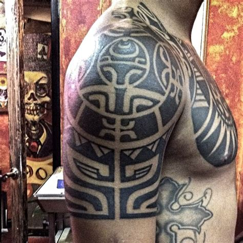 marquesan tribal tattoo marquesan style tribaltattoos tattoos shoulder