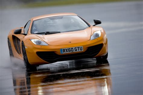 mclaren mp4 12c top gear mclaren mp4 12c at the top gear test track photo gallery