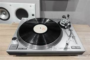 Black Full Bedroom Set the best turntable for casual listening