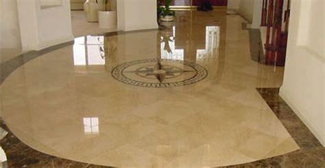 HOUSE CONSTRUCTION IN INDIA: NATURAL MATERIALS FOR FLOORS