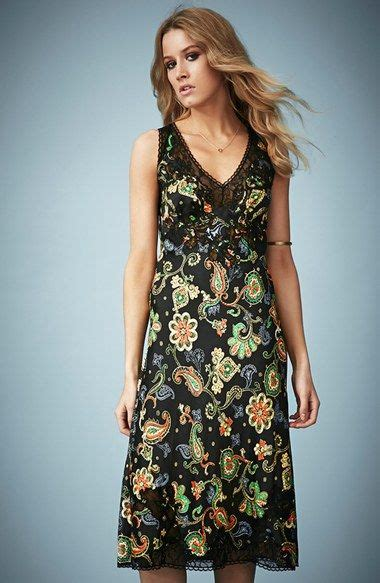 Kate Moss Premieres Dresses For Topshop by Kate Moss For Topshop Paisley Midi Dress Nordstrom