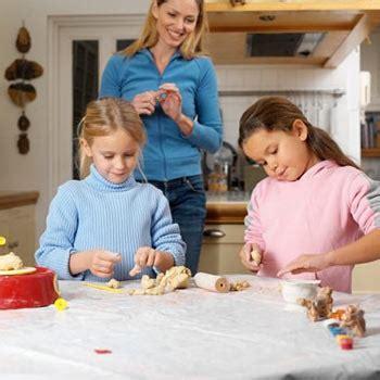 la ayuda de paternidad sube de 2500 a 3500 euros conocer a los padres de la clase de tus