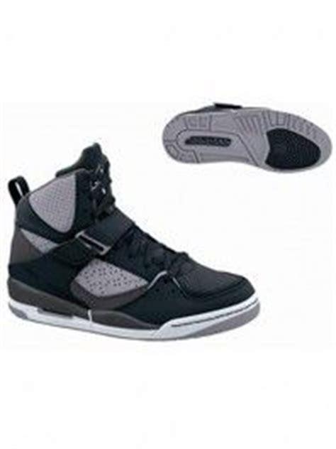 www hibbett sports shoes backtoschool w hibbett footwear on nike