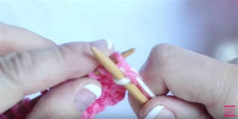 how to change colors while knitting how to change yarn colors while knitting with