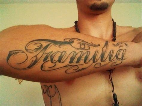 familia picture at checkoutmyink