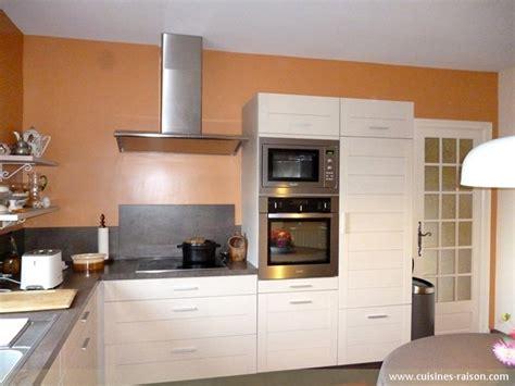 cuisine 駲uip馥 en l cuisine en l stratifie clair ergue gaberic 29 cuisines