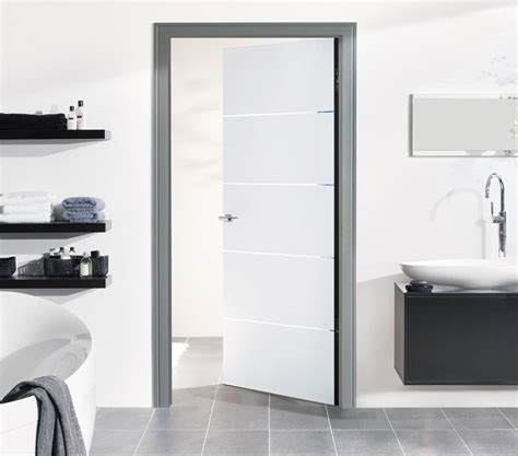 White Finished Interior Doors Magnetic Lock Steel And Doors On