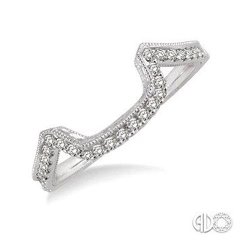 Wedding Bands To Fit Around Engagement Ring by Pin By Corn 233 L Du Toit On Our Wedding