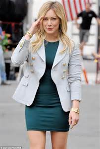 How Would You Wear It Hilary Duff Fabsugar Want Need by Hilary Duff Squeezes Slender Figure Into Clingy Dress On