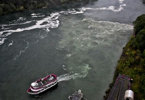 boat tours syracuse ny 2 dead bodies pulled from niagara river buffalo police