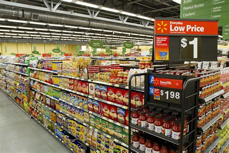 walmart food walmart to battle big three grocery chains grocery