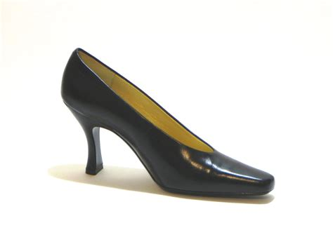 Heel Booth vintage 1980s bellini shoes black leather heel pumps