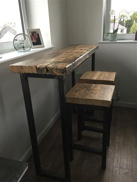 The 25  best ideas about Reclaimed Wood Bars on Pinterest Diy outdoor bar, Wood pallet bar and