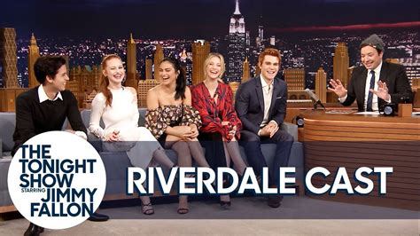 madelaine petsch on jimmy fallon the cast of riverdale gives jimmy fallon his own jughea