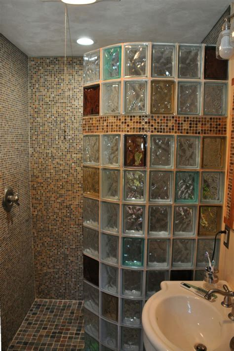 glass block designs for bathrooms 25 best ideas about glass block shower on