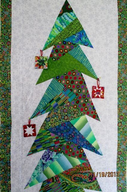 pattern for paper pieced christmas tree 1260 best foundation paper pieced blocks images on