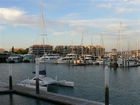 boat club hervey bay specials a view of hervey bay marina from sinbads restaurant at the