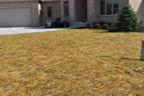 Landscape Fabric Calculator Straw Bales Indianapolis Mulch Mccarty Mulch