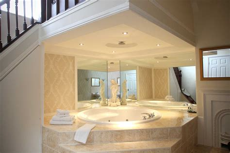 hotels with big bathtubs uk hotels in south cave yorkshire the best cave
