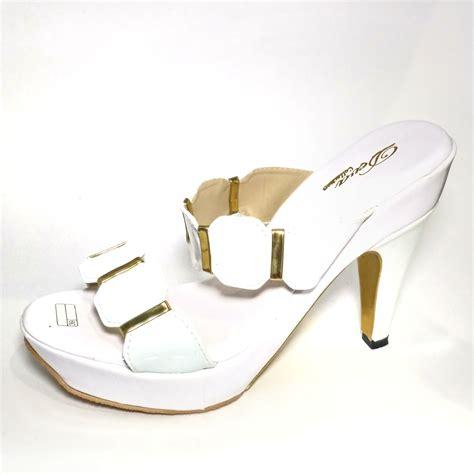 sandal heels cantik putih hitam elevenia