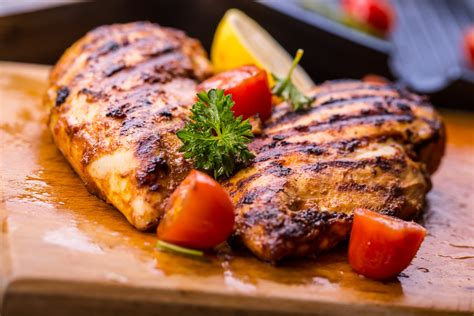 come si cucina il petto di pollo petto di pollo alla piastra ricetta buona e leggera