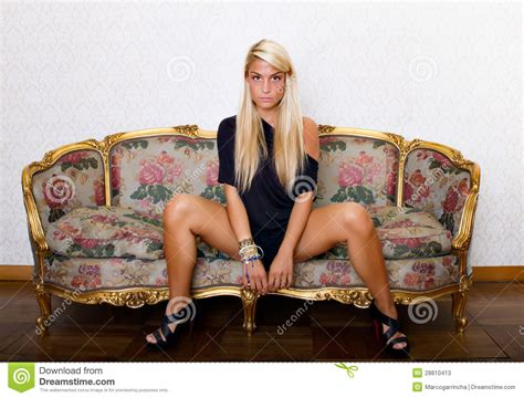 foto di donne sedute a gambe aperte conoce el lenguaje corporal y aprende a utilizarlo taringa