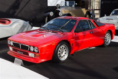 lancia  stradale images specifications  information