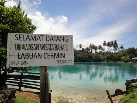 Cermin Jakarta quot berkaca quot di danau labuan cermin ensiklopedia indonesia