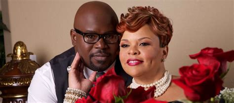 what is the name of red is tamela mann hair color khvn am happy anniversary to david tamela mann