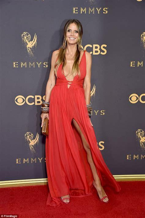 Dress Heidy heidi klum stuns in plunging dress at emmys carpet