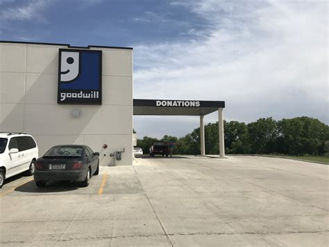 occasions lincoln ne goodwill magasin d occasion 6300 apples way lincoln