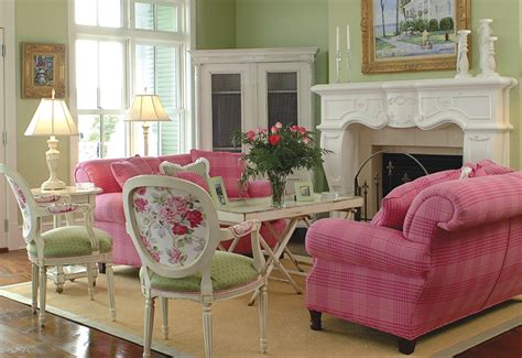 Pink And Green Living Room | the life of a suburban princess pink green thursday