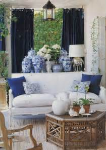 Blue And White Home Decor by Diy Design Interiors Classic Blue And White Porcelain