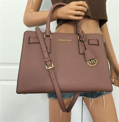 Gadget Of The Day A Must Designer Handbag by Attractive Handbags 2017 Trends Bags 2018 Luxury Handbag