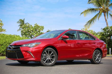 2015 Toyota Camry Pictures 2015 Toyota Camry Drive Photo Gallery Autoblog
