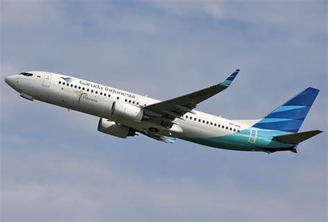 garuda indonesia file garuda indonesia boeing 737 800 spijkers 1 jpg wikimedia commons