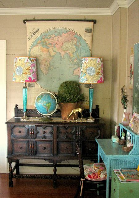 travel room decor decorating with maps nudge