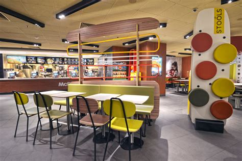 What Time Does Mcdonalds Dining Room Open by Discover Our Restaurant Design Mcdonald S Hong Kong