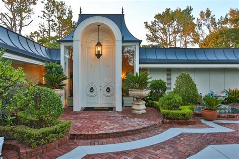 elvis priscilla s luxury home in beverly
