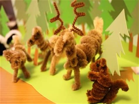 making pipe cleaner ornaments candy canes animals