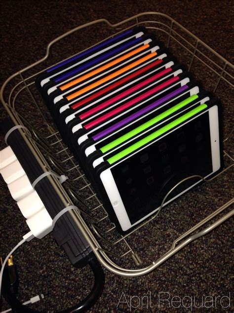 diy laptop charging station a diy ipad sync charge station i like the power strip on