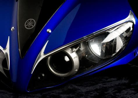 yamaha yzf  custom headlight trim   chrome