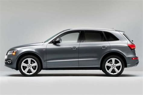 audi q3 and q5 2016 audi q3 vs 2016 audi q5 what s the difference